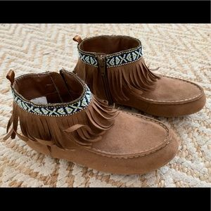 Old Navy Girls Moccasins - NEW